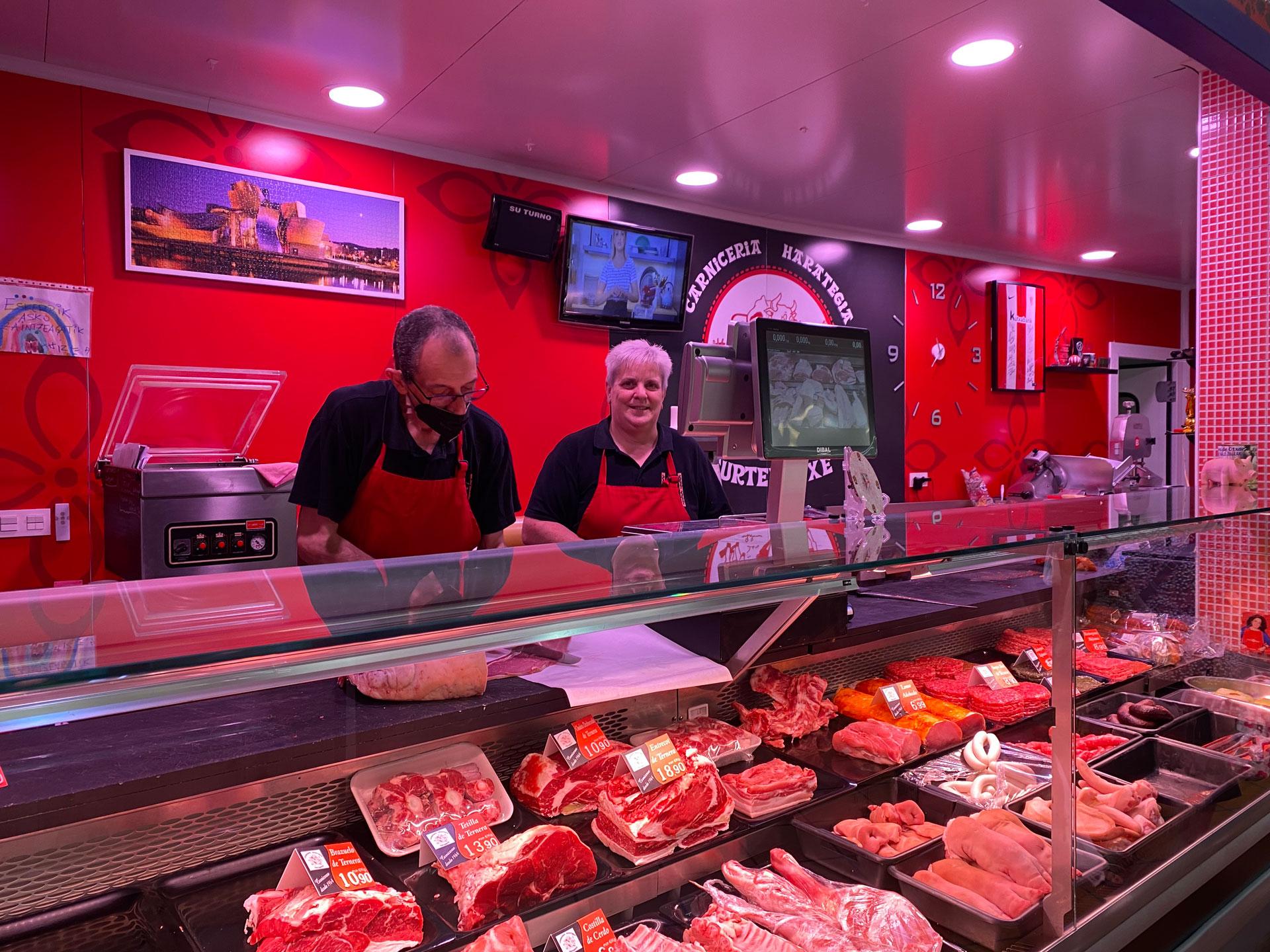 Uno de los puestos del Mercado de Otxarkoaga